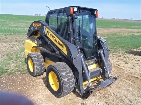 Minicargadores New Holland L225