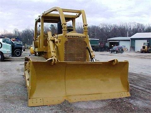 venta tractores sobre orugas Caterpillar D6C seminueva
