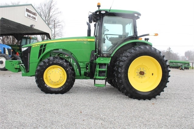 Agricultura Maquinas Deere 8235R