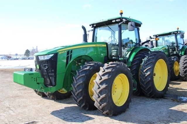 Agricultura Maquinas DEERE 8245R